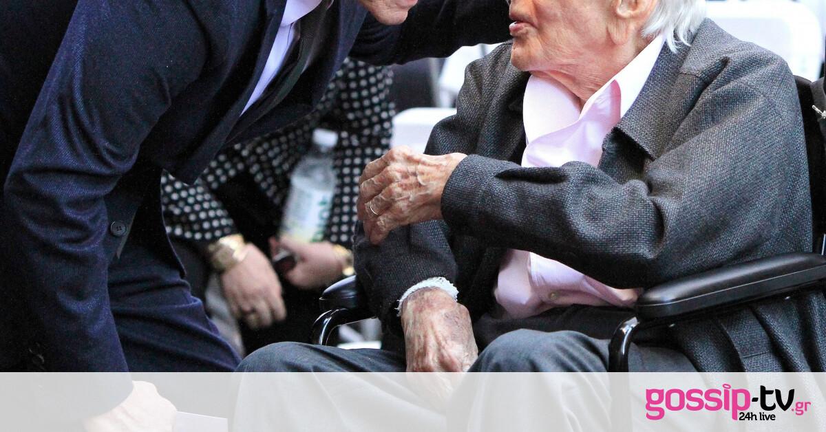 Ζει και βασιλεύει: Ο θρύλος του Χόλιγουντ έγινε σήμερα 103 ετών!